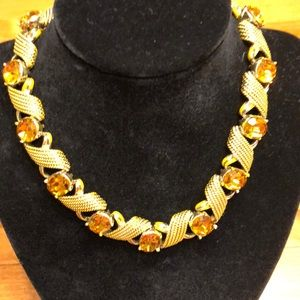 Jewelry - Years 1900'S BEAUTIFUL AMBER  NECKLACE.
